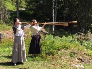 Gunhild Onsøien og Jannike Jakobsen spilte lur